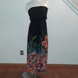 Maurices maxi dress size small